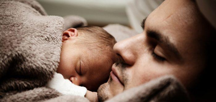 Relatie twee mannen die een kind krijgen is anders dan die tussen twee vrouwen